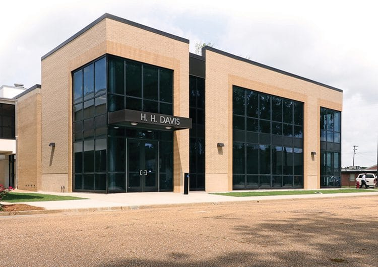 Hinds CC completes renovation of Davis Building on Utica Campus