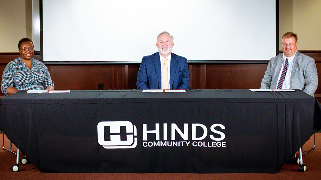 Hinds CC and Continental Tire announce Production and Mechatronics Apprentice Programs