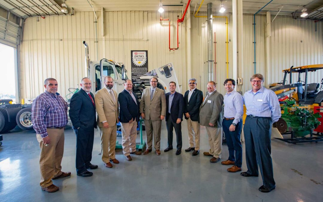 Hinds hosts federal officials for tour of industry partnerships